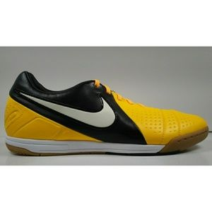 Rare 2012 Nike CTR360 Libretto lll IC Soccer Shoes